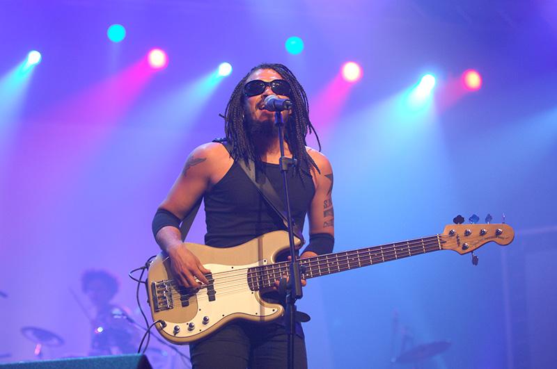 X Alfonso, uno de los músicos más multifacéticos de Cuba, rechaza etiqueta de 'empresario'